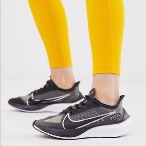 🌸 NIKE Air Zoom Gravity Sneakers Running Shoes